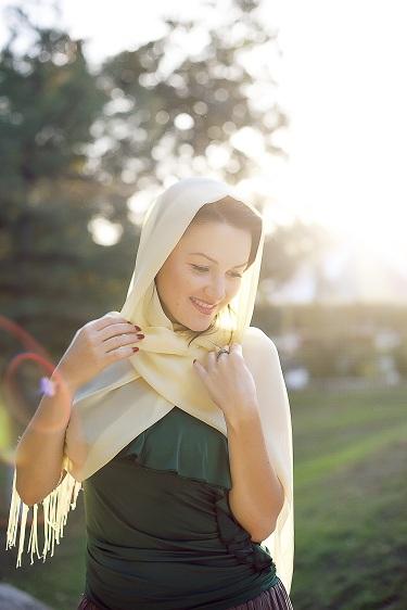 Женственная нежная красивая Алипатова Людмила